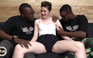Randy whore Emma Snow insane interracial porn