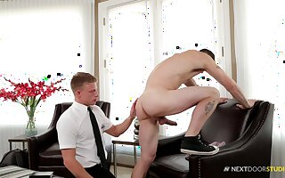 Teen gay dude seduces and pounded by a stranger at his houses